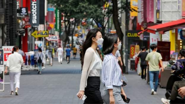 სამხრეთ კორეის დედაქალაქ სეულში ათ ადამიანზე მეტის შეკრება აკრძალეს