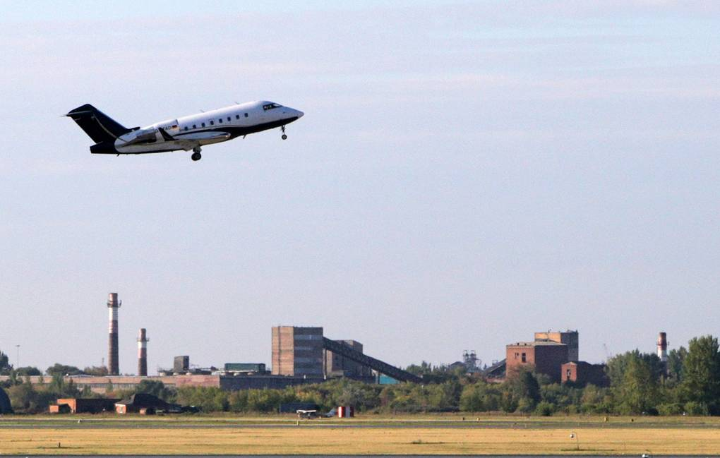 Plane carrying Alexey Navalny leaves Russia for Germany