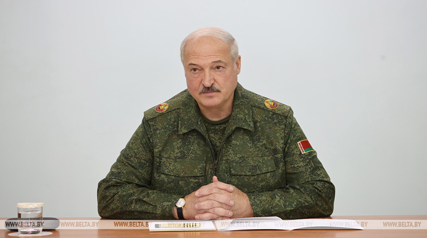 Belarus army ordered to defend territorial integrity