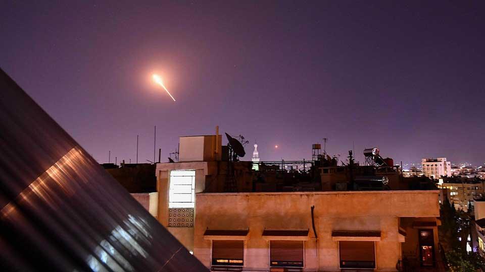 Սիրիայի պետական հեռուստատեսության հաղորդմամբ, Իսրաելի հրթիռակոծության հետևանքով կան զոհեր