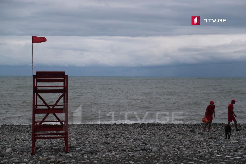 Спасатели в августе спасли 170 человек на побережье Черного моря