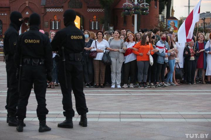 Белорусы  студентты  протестон акцийы рæстæджы  æрцахстуæвджыты  нымæц  200-ы  онг  сырæзт