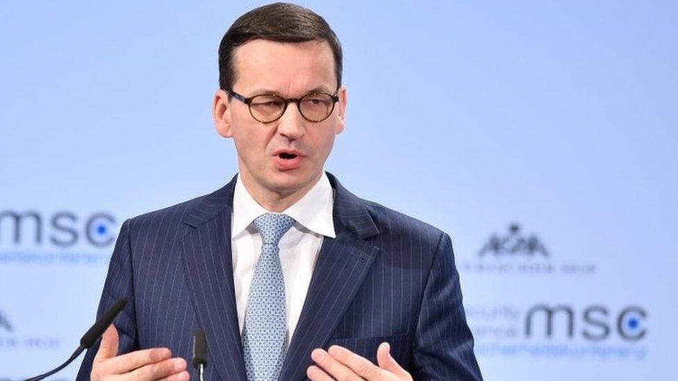 პოლონეთის პრემიერ-მინისტრი აცხადებს, რომ რუსეთი მტრული რეჟიმია და ერთ-ერთ მაგალითად 2008 წლის აგვისტოს ომს ასახელებს