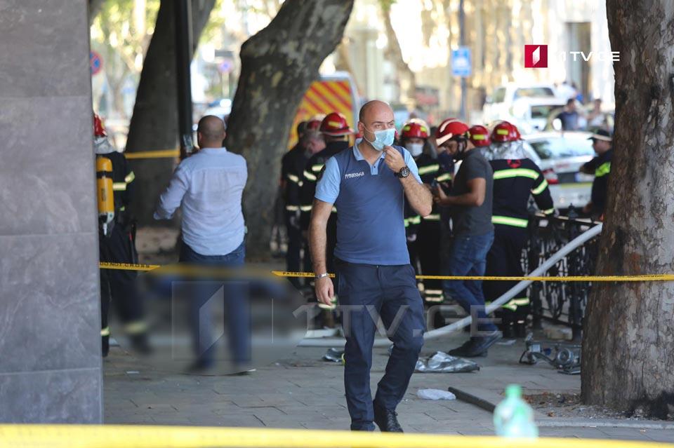 პირველადი ინფორმაციით, ფილარმონიასთან აფეთქების შედეგად გარდაიცვალა ერთი და დაშავდა ორი ადამიანი