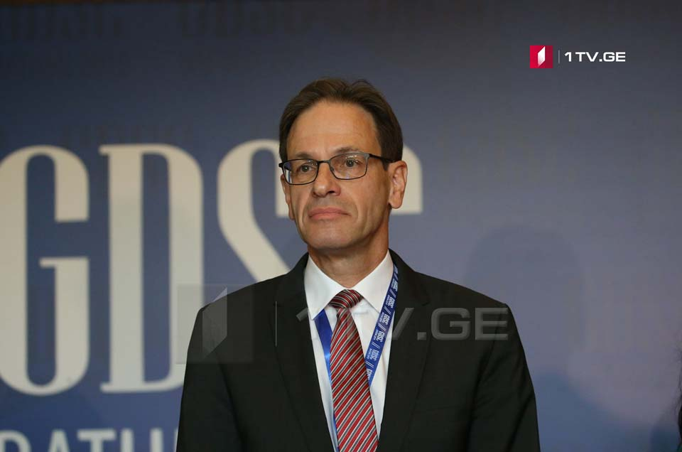 German Ambassador pleased with GD's signing Danielsson's document