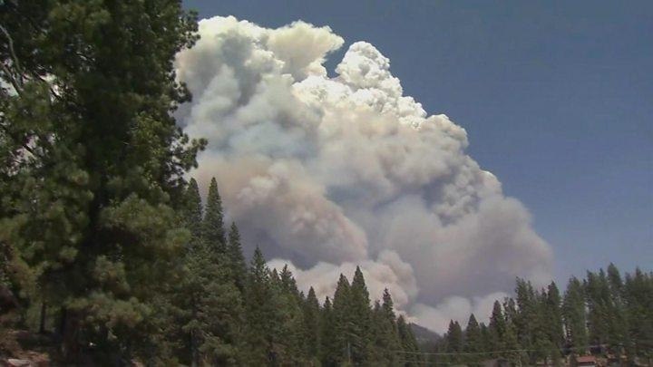 კალიფორნიაში ტყეში ხანძრების გამო მოქალაქეების ევაკუაცია მიმდინარეობს