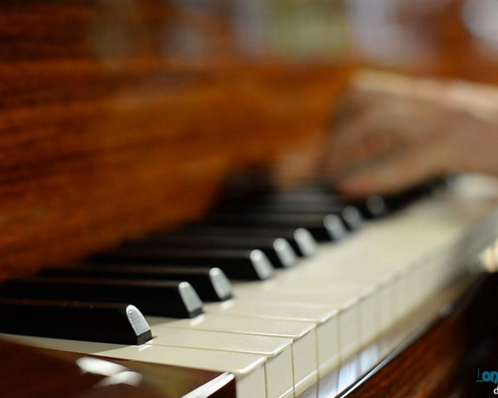 სი ბემოლ ვიტამინი - სიტყვის ძალის ტოლფასი მუსიკა