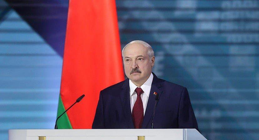 Aleksandr Lukaşenko vaxtından əvvəl prezident seçkilərinin keçirilməsini istisna etmir