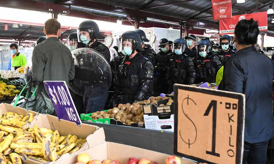 ავსტრალიაში კორონავირუსის გამო დაწესებული შეზღუდვების საწინააღმდეგო აქციაზე 74 ადამიანი დააკავეს