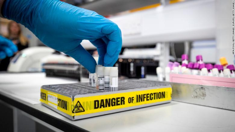 Վերջին 24 ժամում Մեծ Բրիտանիայում արձանագրվել է կորոնավիրուսով վարակման 2621 նոր դեպք,մահացել է 9 պացիենտ