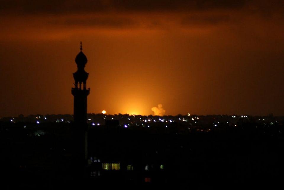 მედიის ცნობით, ისრაელის სამხედრო ავიაციამ ღაზას სექტორში სამიზნეები დაბომბა