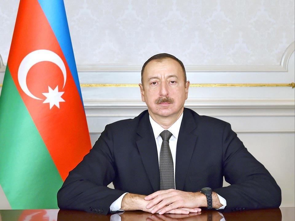 Илҳaм Алиев – Шәaмaхьтәылa ҳнефҭмҩaнгaгaқәa ргaрa рҽaзыркыр, уи aлҵшәa цәгьa aхылҵуеит
