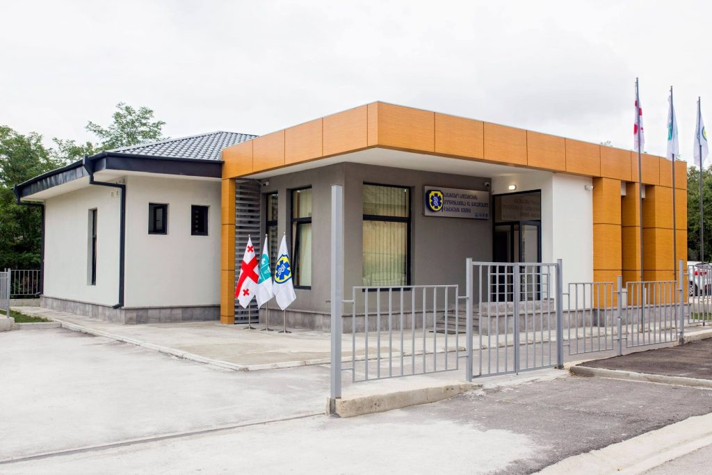 დედოფლისწყაროში საგანგებო სიტუაციების კოორდინაციისა და გადაუდებელი დახმარების ცენტრის ახალი შენობა გაიხსნა