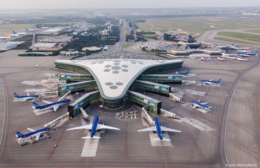 აზერბაიჯანში საომარი მდგომარეობის გამოცხადების გამო, ჰეიდარ ალიევის საერთაშორისო აეროპორტი დროებით შეზღუდულ რეჟიმში იმუშავებს