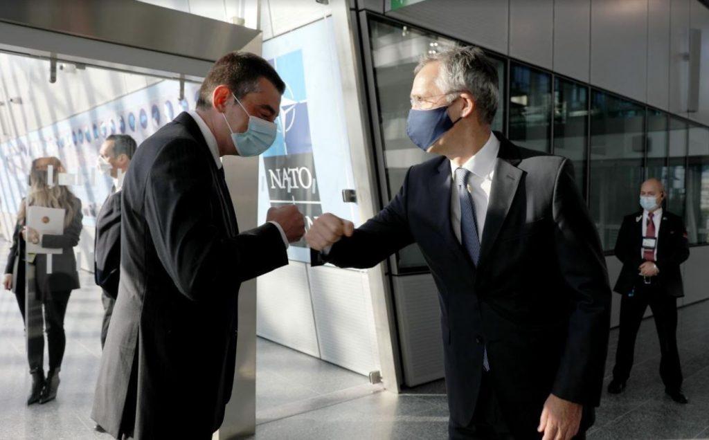 Giorgi Qaxariya NATO-nun baş qərargahında Yens Stoltenberq ilə görüşdü