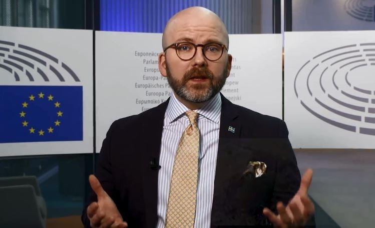 ევროპარლამენტარ შარლი ვაიმერსის ინფორმაციით, ევროპარლამენტში დახურულ კარს მიღმა მთიან ყარაბაღში არსებულ სიტუაციაზე მსჯელობენ