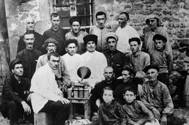 #ჩაკრულო - ქართული ხალხური სიმღერის უნიკალური საარქივო აუდიო ჩანაწერები