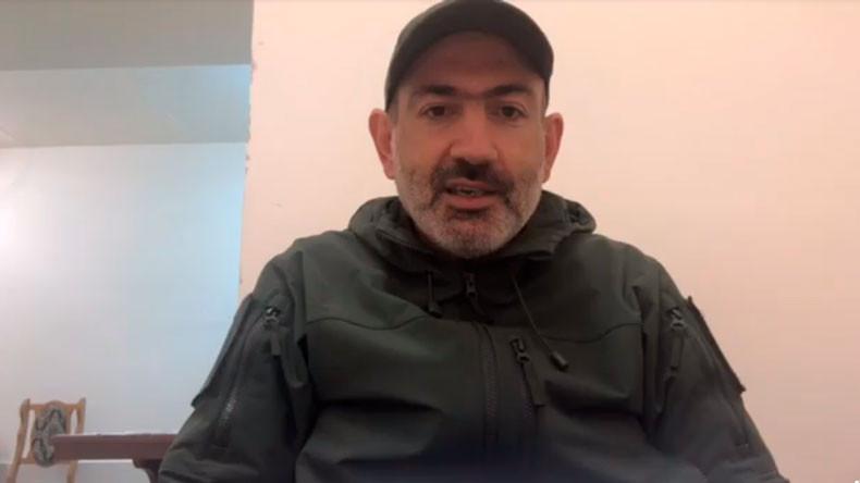 Никол Пашинян призывает демобилизовавшихся солдат вернуться на военную службу