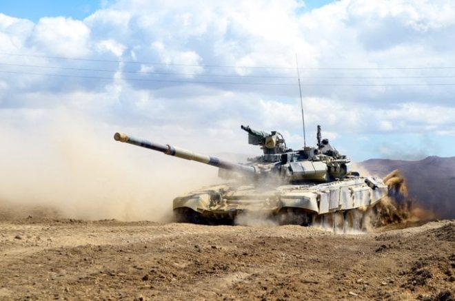 Ադրբեջանի պաշտպանության նախարարության տեղեկությամբ, սեպտեմբերի 27-ից հետո Հայաստանի բանակը կորցրել է մոտ 250 տանկ և մարտական մեքենա