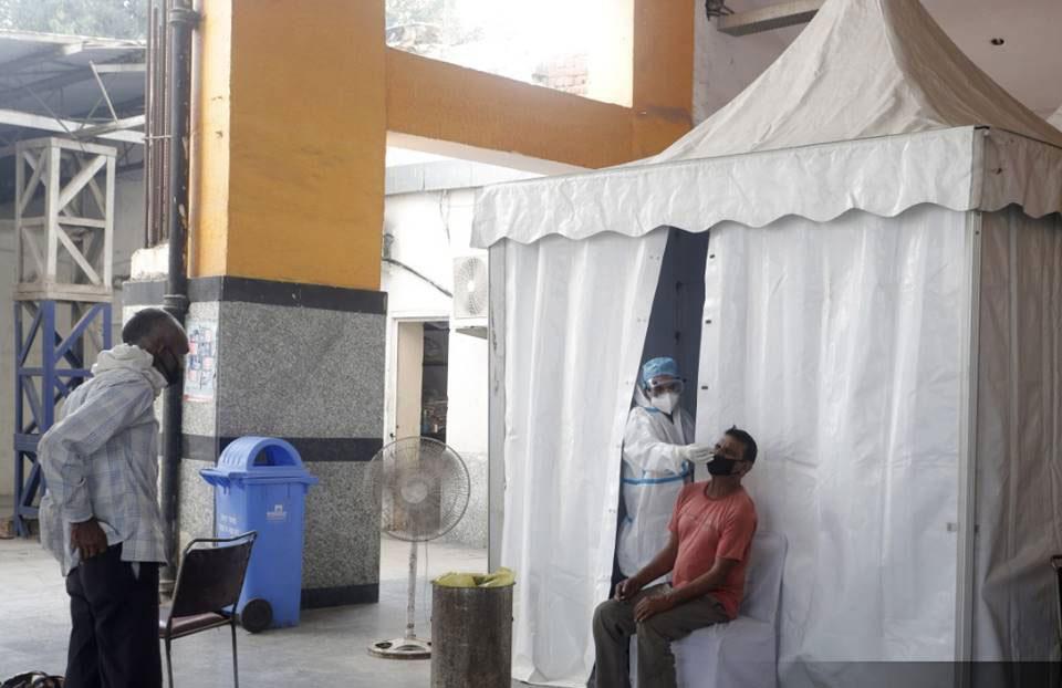 ინდოეთში კორონავირუსის 66 732 ახალი შემთხვევა გამოვლინდა, გარდაიცვალა 816 პაციენტი