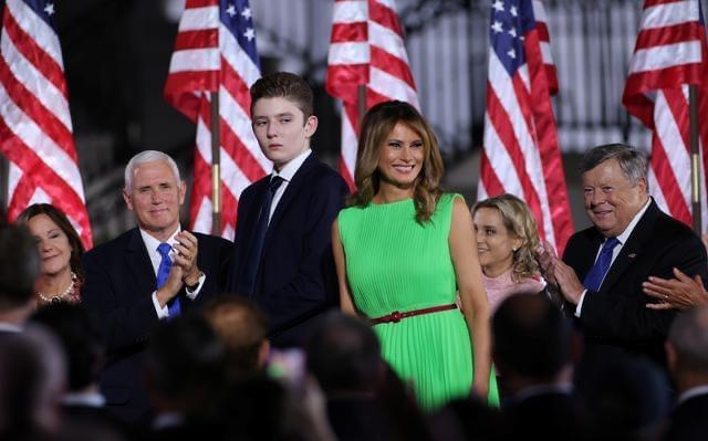 აშშ-ის პირველი ლედი და პრეზიდენტის 14 წლის ვაჟი კორონავირუსისგან გამოჯანმრთელდნენ