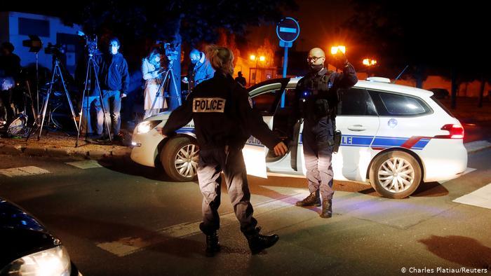 პარიზში მასწავლებლის მკვლელობასთან დაკავშირებით ცხრა პირი დააკავეს