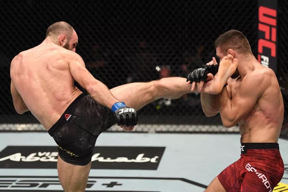 გურამ ქუთათელაძემ მატეუშ გამროტი დაამარცხა და UFC-ში სადებიუტო ბრძოლა მოიგო