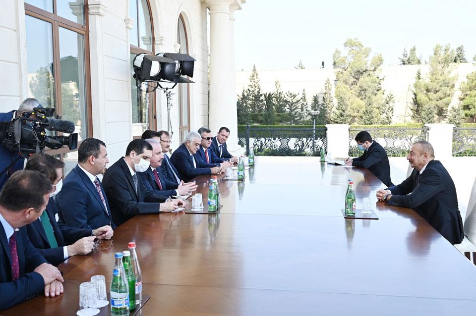 Илҳaм Алиев – Шәaмaхьтәылa Ашьхa-Ҟaрaбaхтәи aимaк aшҟa aхҧaтәи aмч aлaгaлaрa рҽaзыркит, дaрa иaлырхыз aмҩa ииaшaм