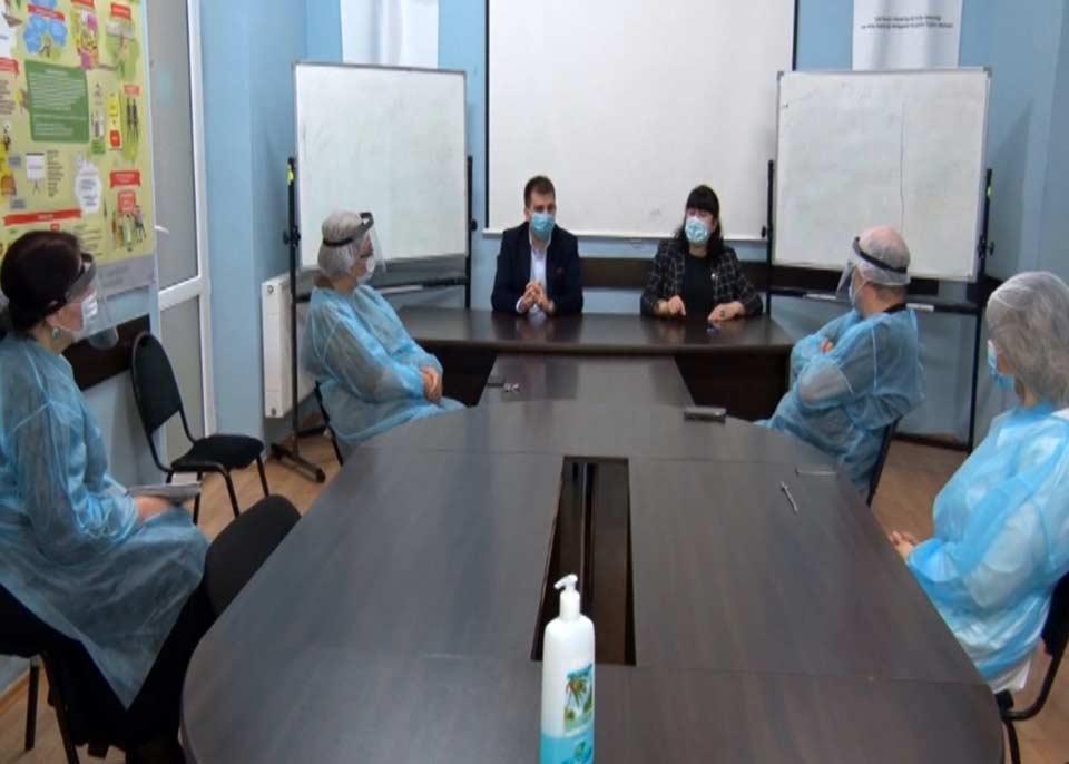 თამარ გაბუნია ქუთაისის ონლაინკლინიკების ოჯახის ექიმებს შეხვდა