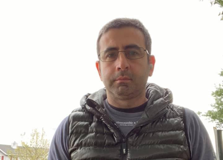 """ირაკლი კვარაცხელია, რომელიც """"საქართველოს ბანკში"""" მძევლად იყო აყვანილი, აცხადებს, რომ თავდამსხმელი ინფორმაციას ძირითადად მედიის საშუალებით იღებდა"""