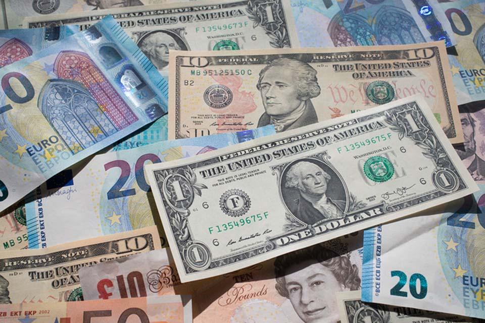 უცხოური ვალუტის ოფიციალური კურსი 5 თებერვლისთვის - დოლარი - 3.3174 ლარი, ევრო - 3.9792 ლარი, ფუნტი - 4.5054 ლარი