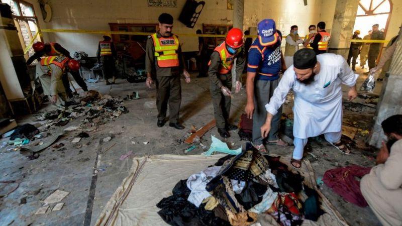 Pakistanda məktəblərdən birində partlayış nəticəsində ən azından yeddi insan həlak oldu