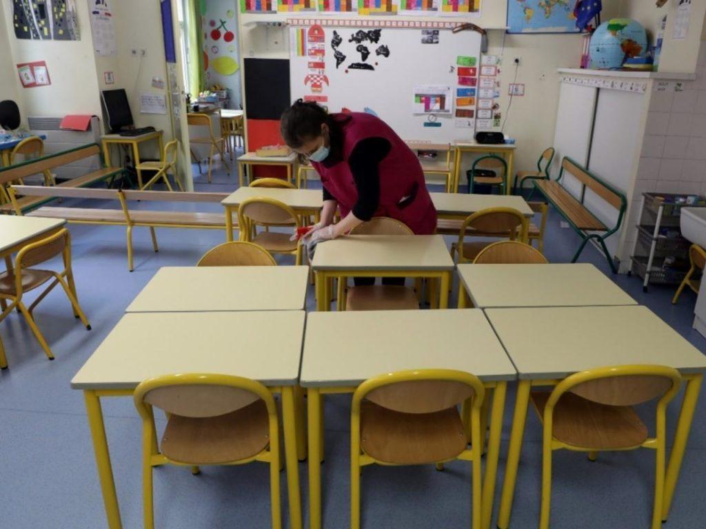 საფრანგეთში სკოლის მოსწავლეებისთვის გაკვეთილზე პირბადის გამოყენება სავალდებულო ხდება