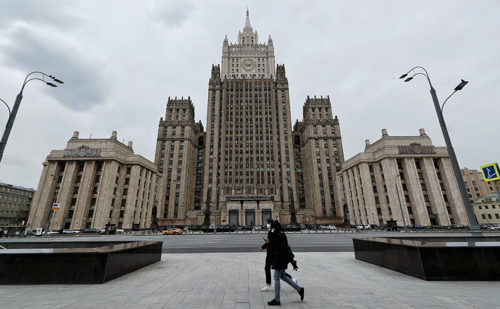 Russia Pledges Help to Yerevan if Fighting Reaches Armenia