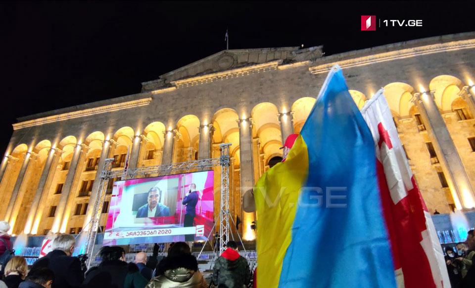 Михаил Саакашвили - Я Михаил Саакашвили, я пойду до конца, я не хочу должности, но кто поднимет руку на мой народ, мы готовы противостоять ему до конца