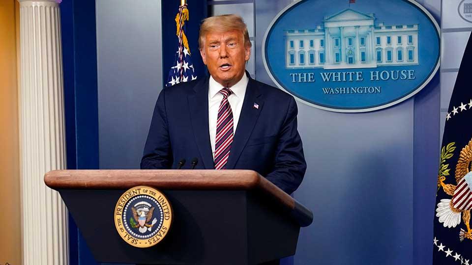 მედიის ცნობით, დონალდ ტრამპმა მისი საარჩევნო შტაბის რუსეთთან შესაძლო კავშირის საქმის მასალების ნაწილის გასაჯაროების განკარგულება გასცა