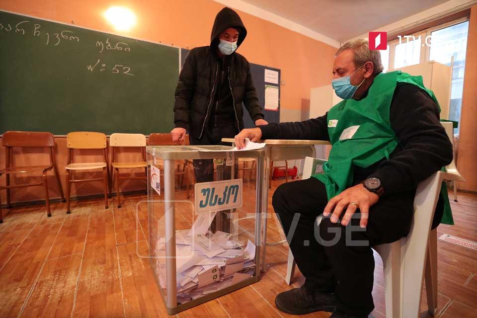 უსკო-ს ინფორმაციით, 17:00 საათისთვის აჭარაში არჩევნებში მონაწილეობა მიიღო ამომრჩეველთა 24,1-მა პროცენტმა