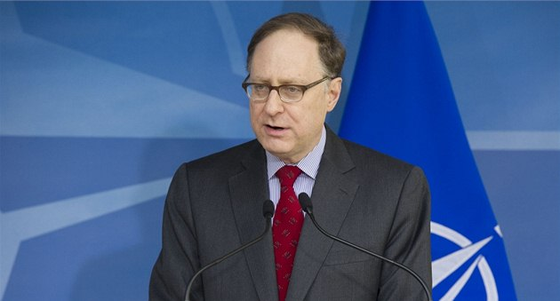Alexander Vershbow: We promise that Ukraine, Georgia will become NATO members. It may be possible by creating some new, associate member status