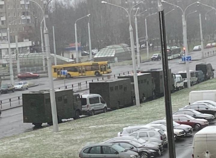 По информации СМИ, в Минске мобилизована спецтехника из-за анонсированной антиправительственной акции