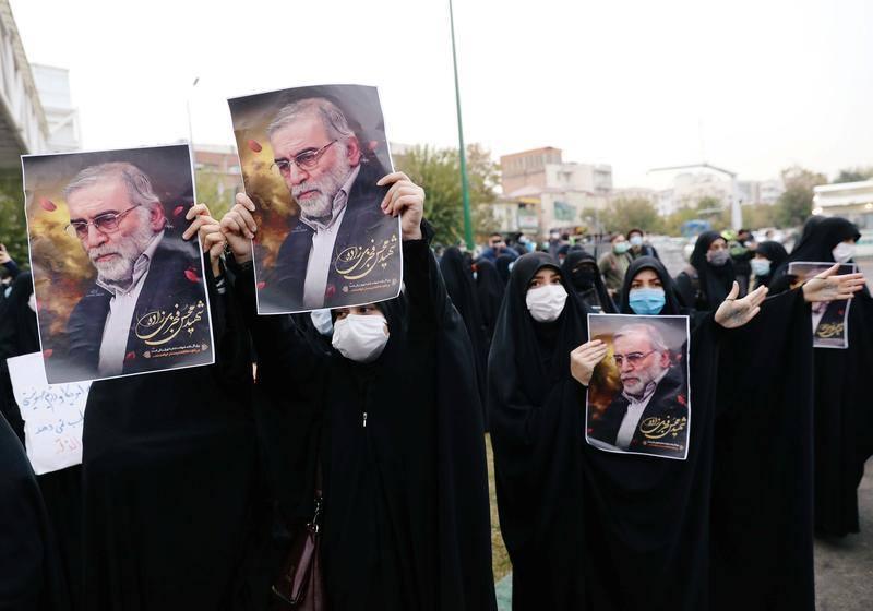 მედიის ინფორმაციით, ირანის ხელისუფლება ეჭვობს, რომ მეცნიერის მკვლელობაში ისრაელთან ერთად ქვეყნის ოპოზიციაც მონაწილეობდა
