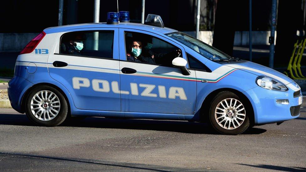 იტალიის პოლიციამ კონტრაბანდული დაჯგუფების წევრობაში ეჭვმიტანილი 19 პირი დააკავა
