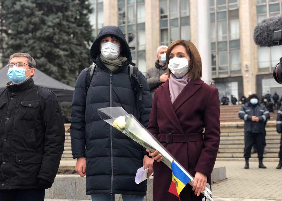 Moldovanın seçilmiş prezidenti, Maya Sandu vaxtından əvvəl Parlament seçkilərini tələb edir