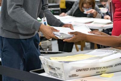 მედიის ინფორმაციით, აშშ-ის 50-ვე შტატსა და კოლუმბიის ოლქში საპრეზიდენტო არჩევნების შედეგები ოფიციალურად დადასტურდა
