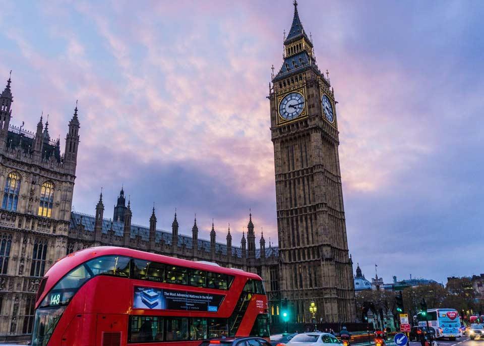გაერთიანებულ სამეფოში თვითიზოლაციის პერიოდი 14-დან 10 დღემდე შემცირდა