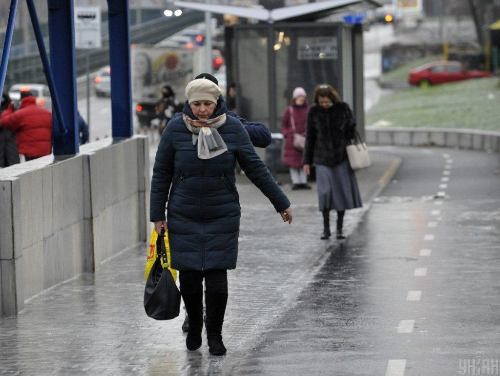 Ukraynada koronavirusun 8 513 yeni halı aşkar edildi, 232 insan vəfat etdi