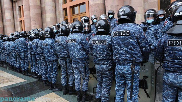 Yerevanda Nikol Paşinyanın istefası tələbi ilə etiraz aksiyası keçirilir