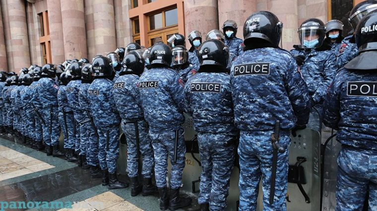 В Ереване проходит акция с требованием отставки Никола Пашиняна