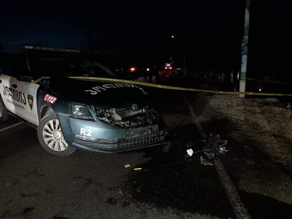 თბილისი-სენაკი-ზუგდიდის გზაზე, სოფელ ნოსირთან ავტოსაგზაო შემთხვევის შედეგად პოლიციელი დაშავდა