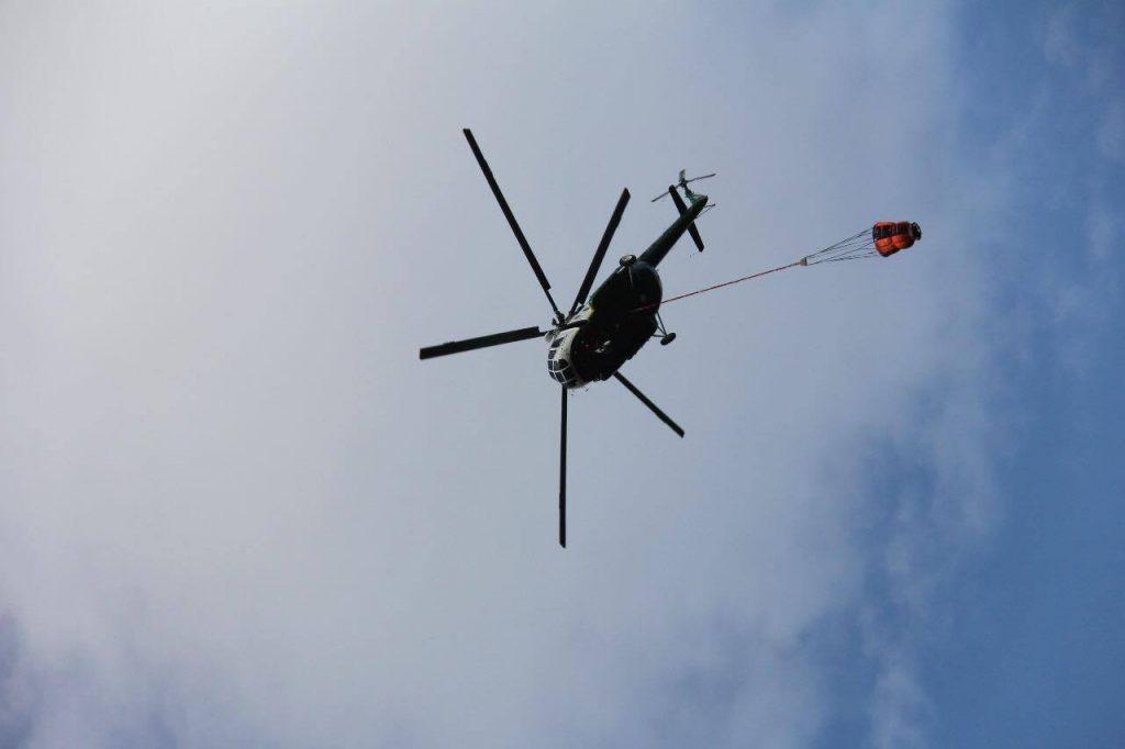 Для тушения пожара в Вашлованском национальном заповеднике задействуют вертолет