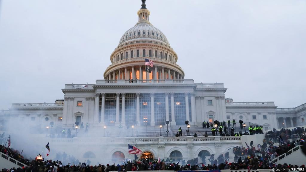 აშშ-ის კონგრესში განვითარებულ მოვლენებს ბარაკ ობამა და ბილ კლინტონი გამოეხმაურნენ